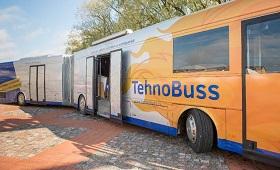 TechnoBus tourt durch Lettland