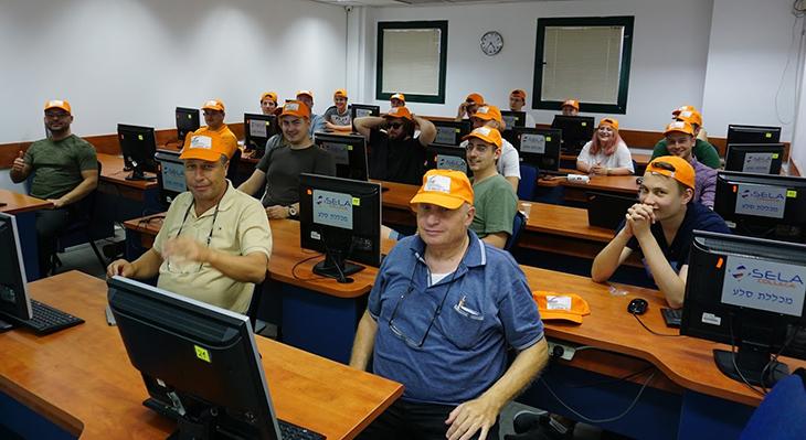 IT-Azubis in Israel – Berliner Auszubildende des Fachbereichs Informationstechnologie lernen Land und Leute in Israel kennen